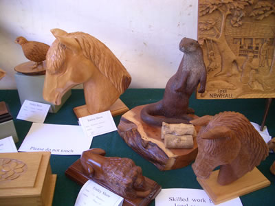 gallery/Exhibitions/Emley%202005/Emley_Show_2005_002aa.jpg